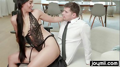 Dadddy´s little bad girl makes big cock cum