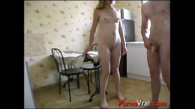 Fuck a blonde mature  at home with a stanger! French amateur