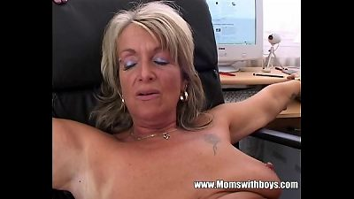 blond senior Office manager anal pummeled By Applicant